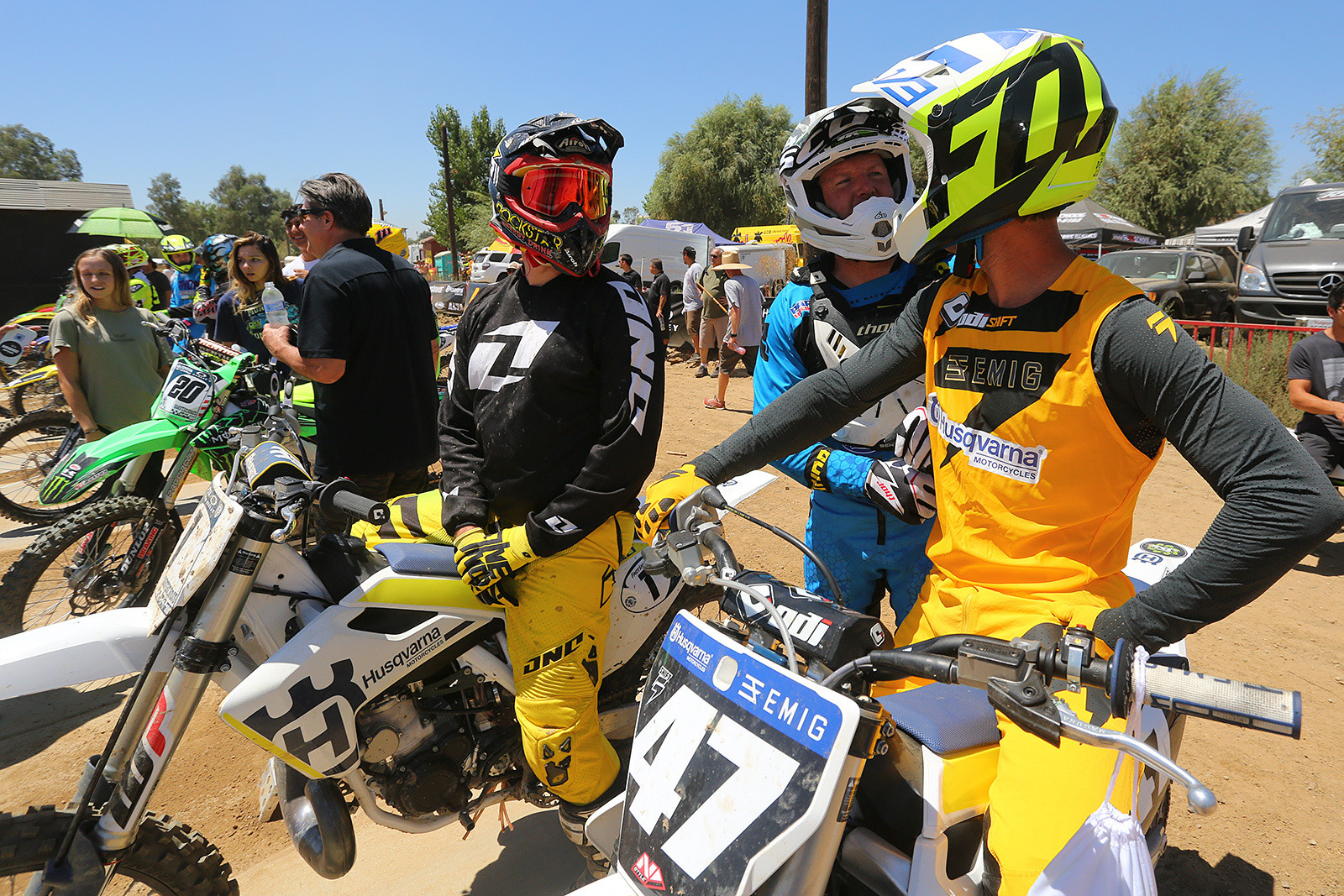In the pro class you have everything from former National Champs (Jeff Emig, 47), to up-and-comers (Zac Commans, 20), guys we haven't seen for a bit (Hunter Hewitt on the 1), and off-road legends like Destry Abbott.