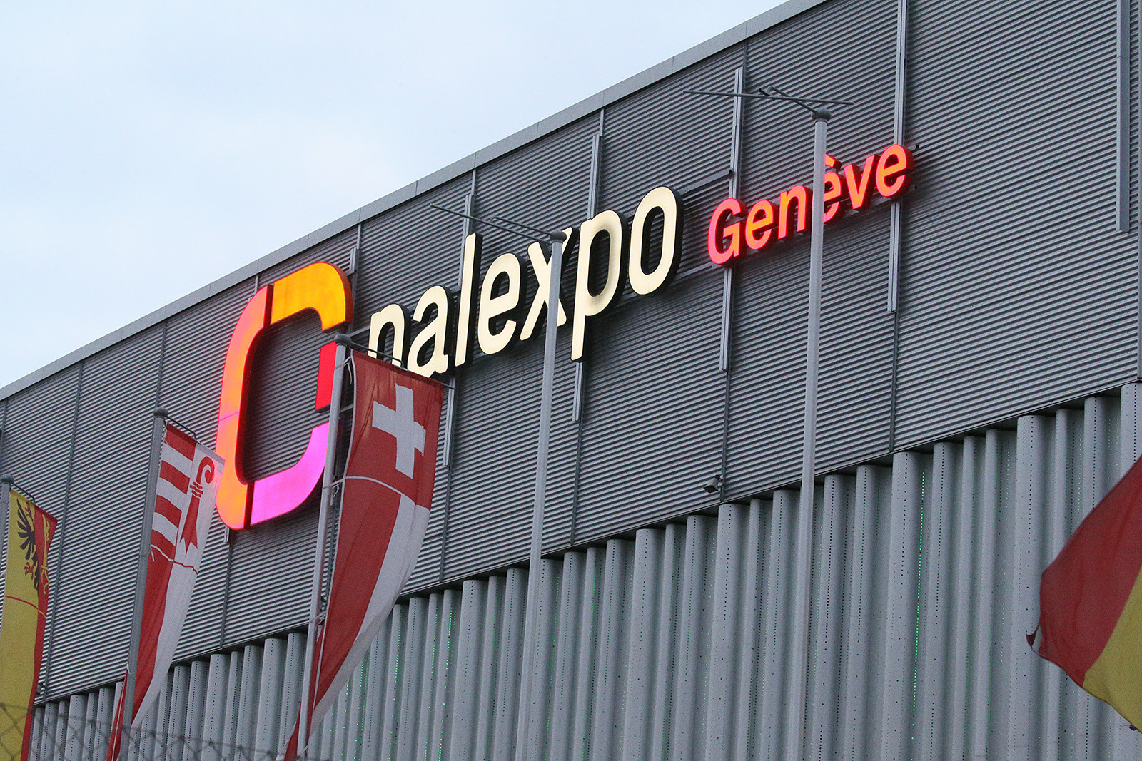 The Palexpo arena has been the site of every edition of the Geneva SX, including back when it was part of the Monster Energy Supercross series. If you're looking for the ultimate in an easy-to-access European race, this might be it. The airport is within easy walking distance to the host hotel, and the arena was literally across the street from there.