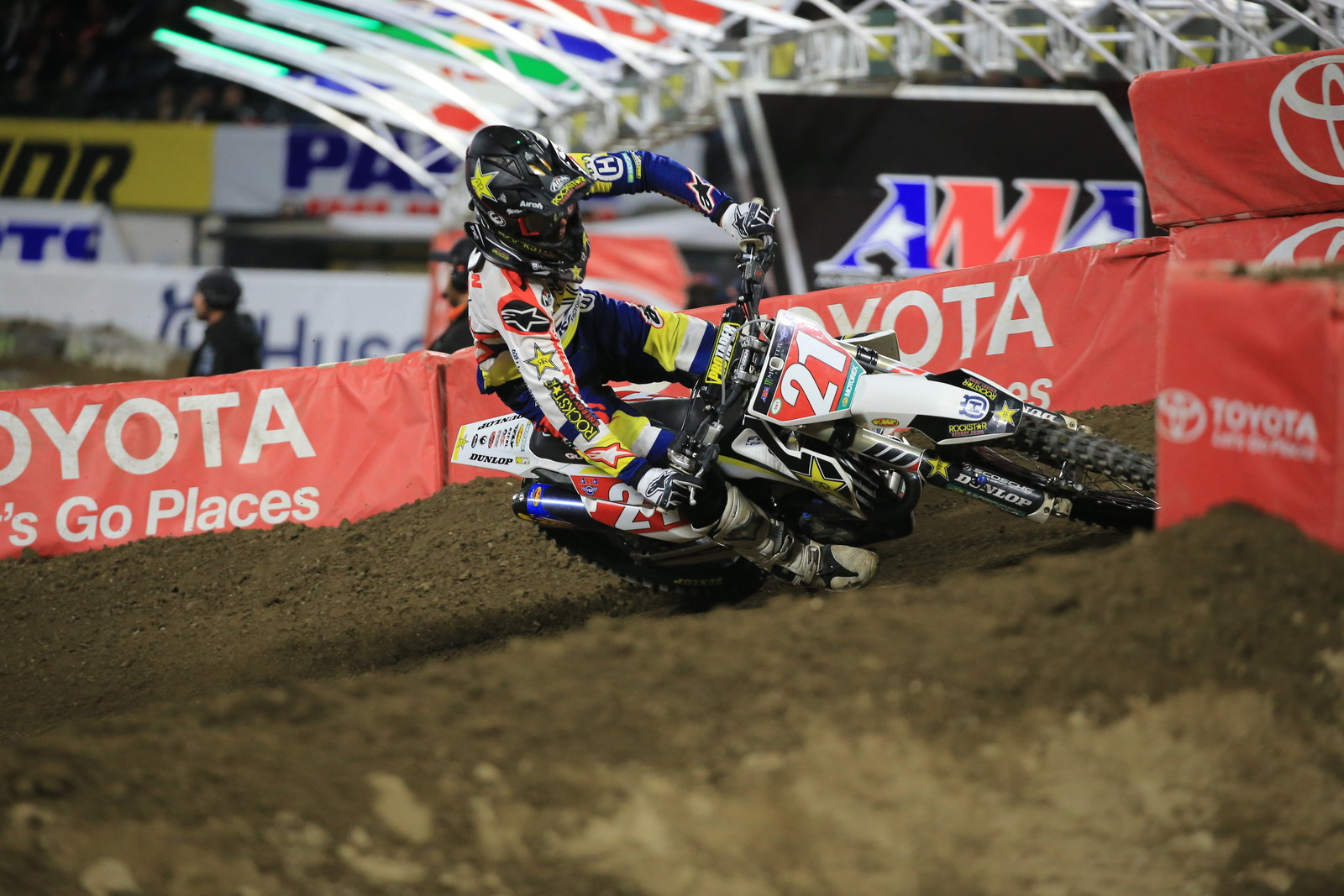 Jason Anderson on his way to the 450 Main Event 3 win.