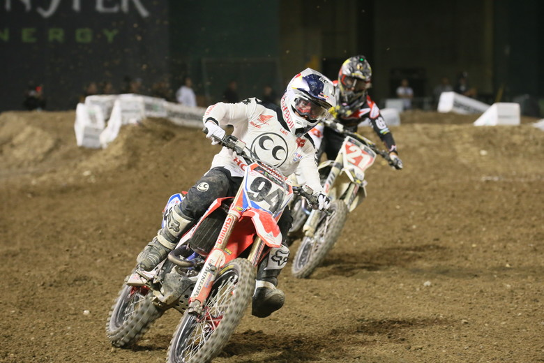 Ken Roczen and Jason Anderson had one heck of a battle in the 450 Main Event.