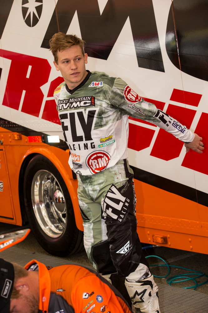 Fly's Army inspired gear that is found on the Rocky Mountain team and Josh Grant this evening.