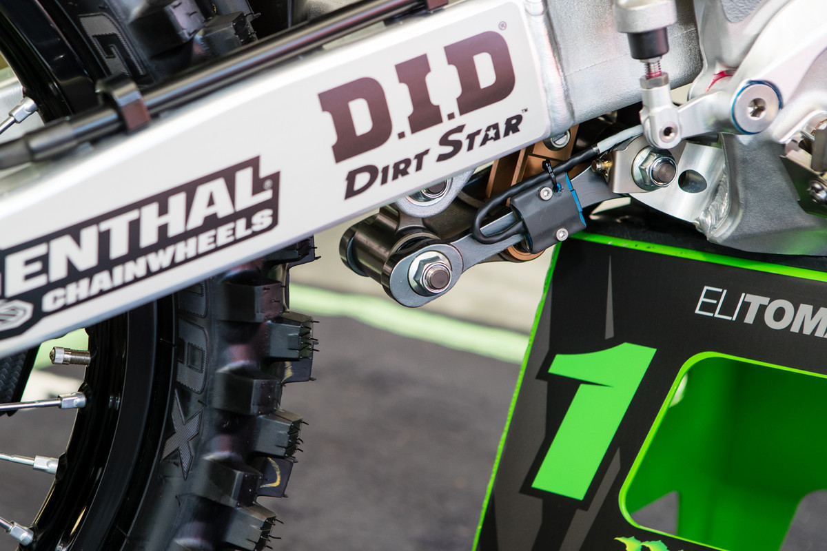 The Monster Energy Kawasaki crew was doing some suspension testing at the Monster Energy Cup, and had this setup on board their linkage.