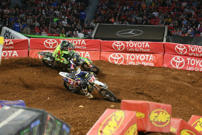 Eli Tomac and Jason Anderson going at it.