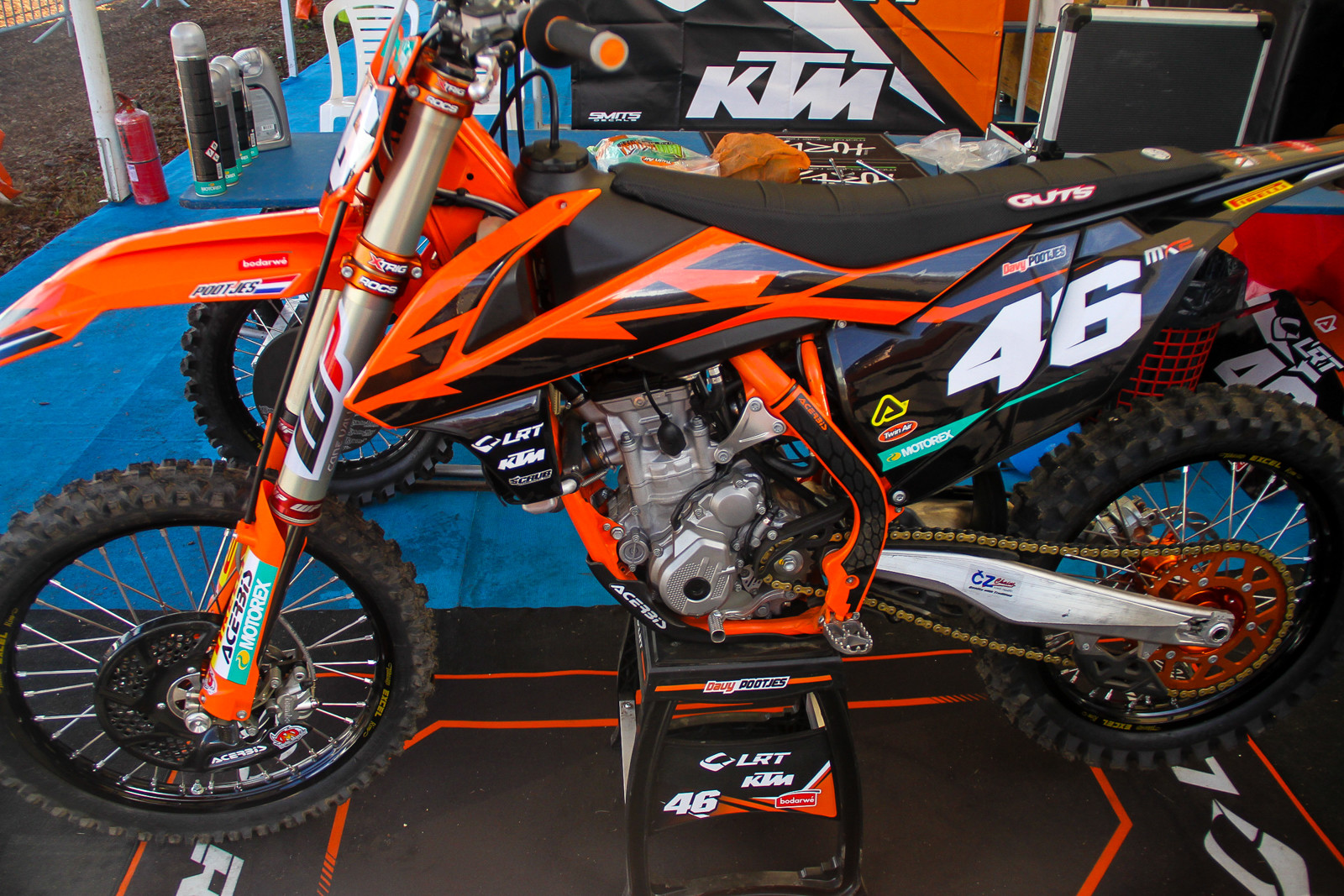 Although Lieber has moved onto MXGP, his team LRT (Lieber Racing Team) is still around and supporting Davey Pootjes in MX2 on KTMs...Pootjes career path has left us scratching our heads.