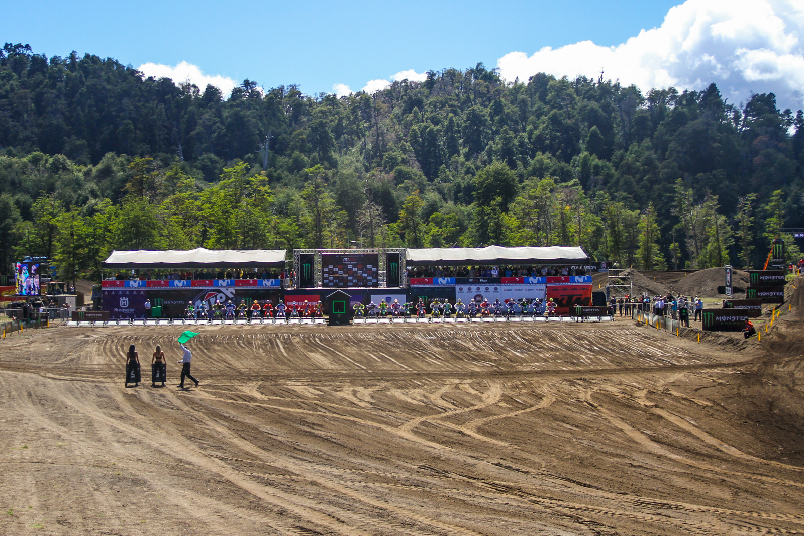 Argentina is quite the change in scenery for the MXGP opener and we approve!