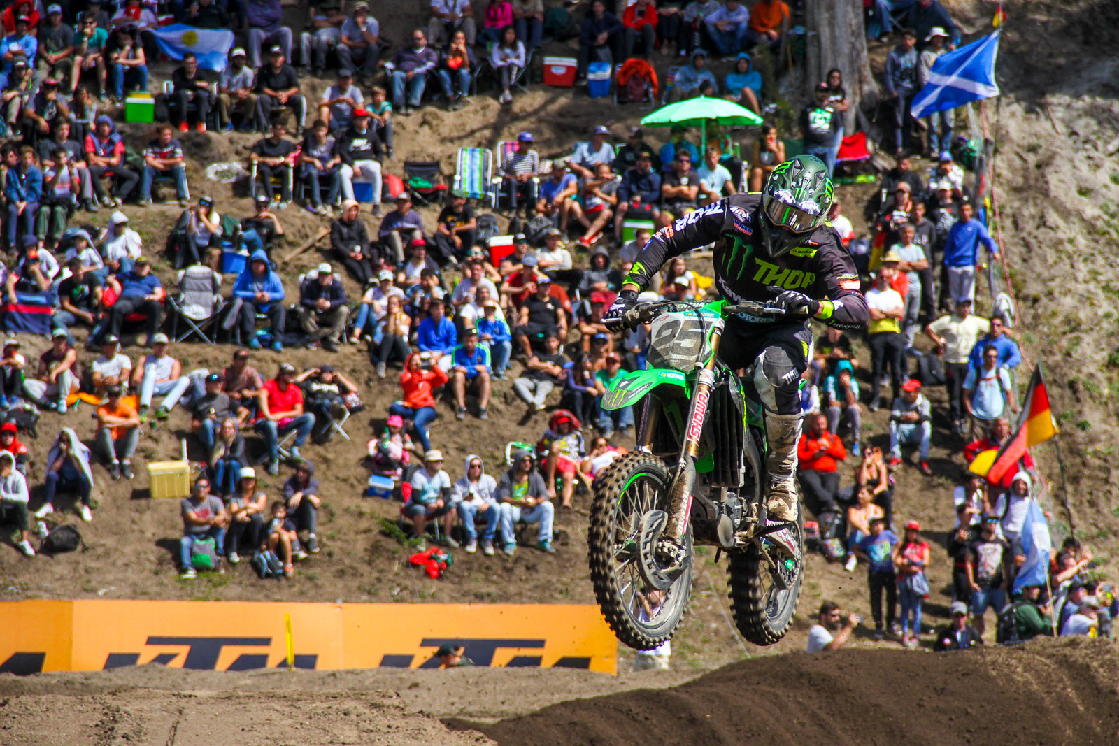 ...to Desalle's third overall.