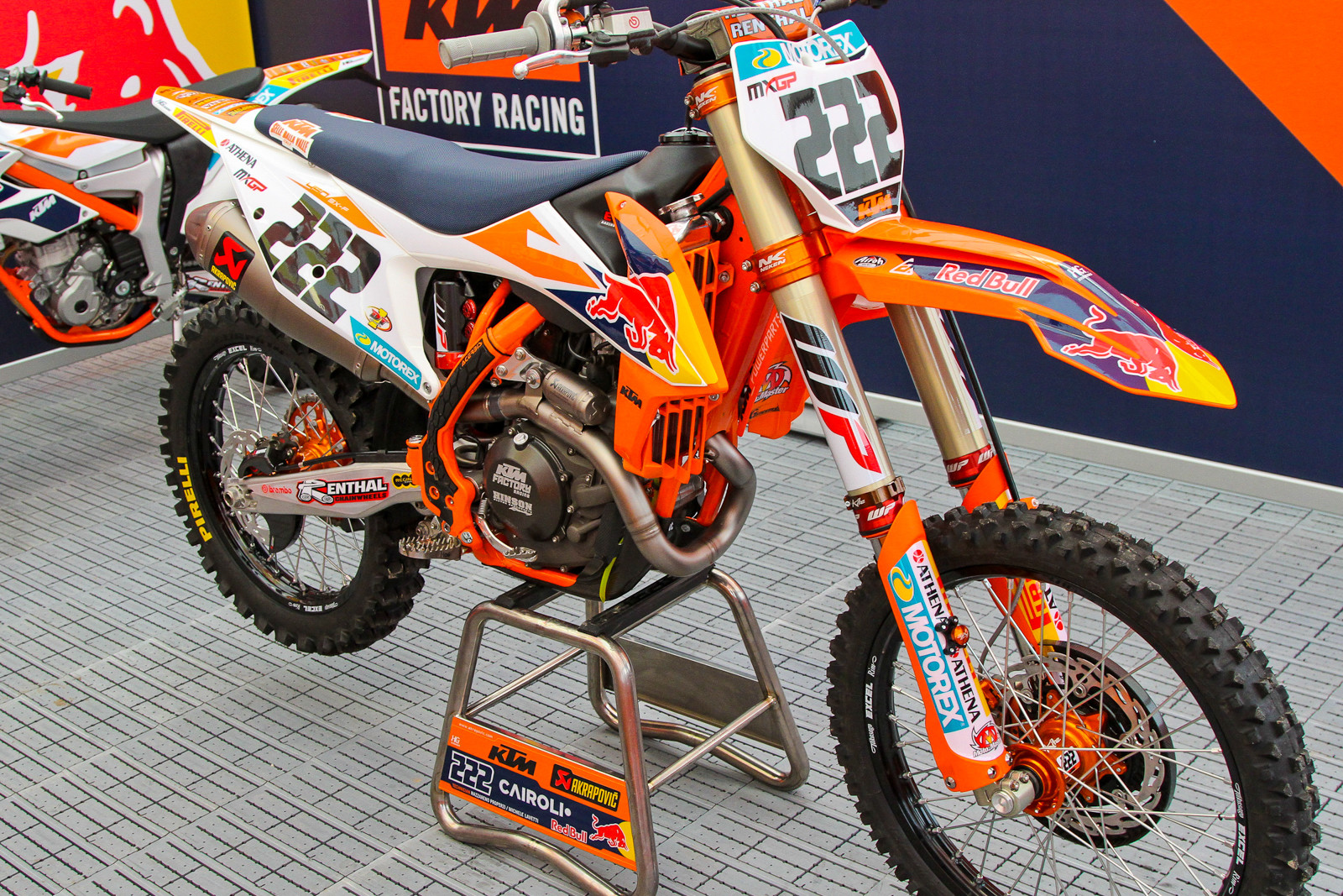 Antonio Cairoli is on the new bike...but with some hold over parts.