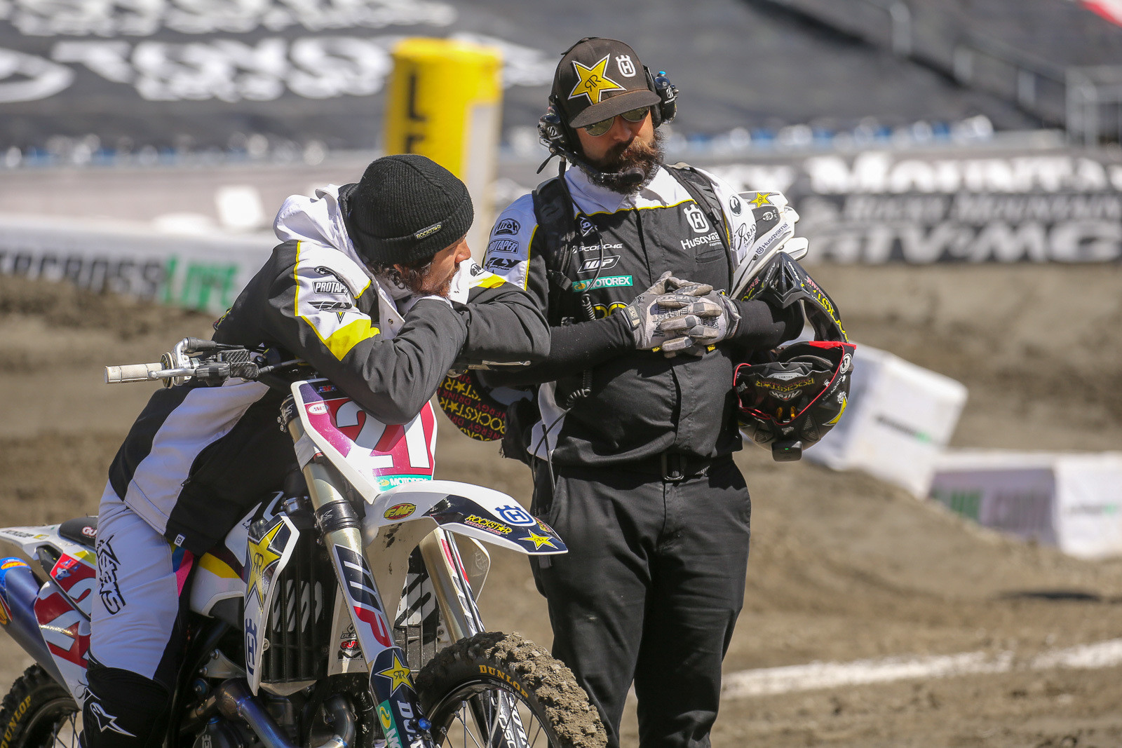 Jason Anderson is in a pretty enviable spot right now. He's got a 34-point lead after Foxborough, and can pretty much have a chill race next week...all he has to do is qualify for the main...and he'll wrap up the 2018 Monster Energy Supercross 450 title with a race to go.