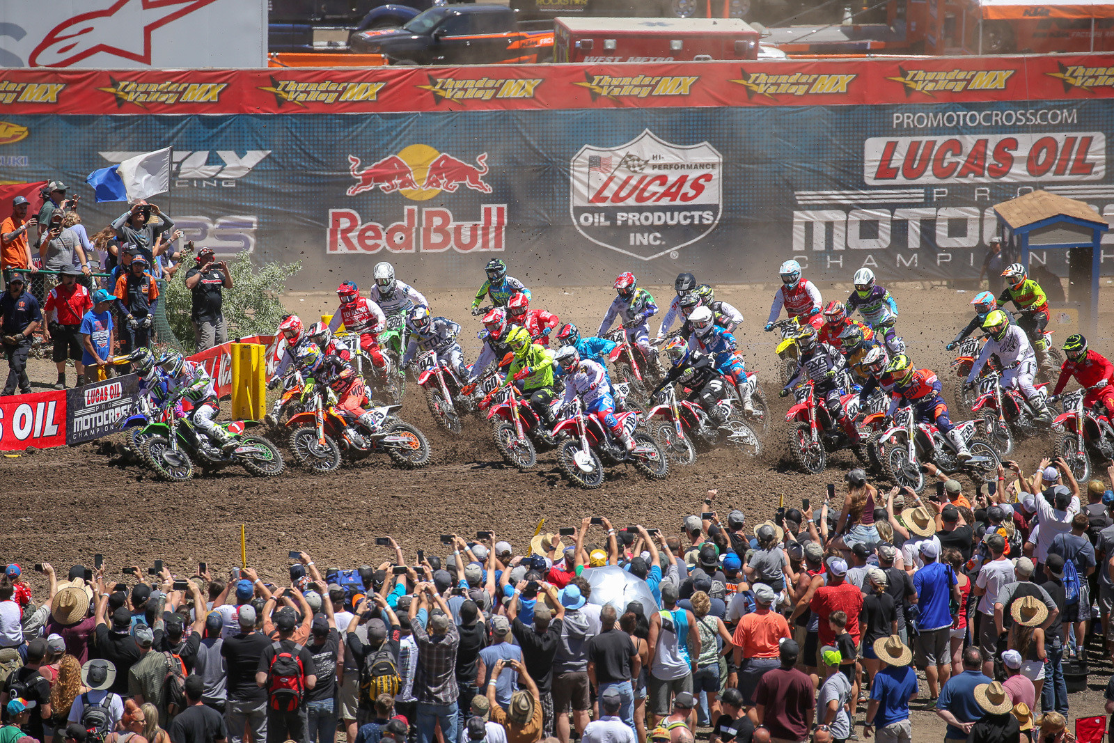 Cell phones ready? Let's get into it! Justin Barcia and Eli Tomac grabbed the early lead in 450 moto one.