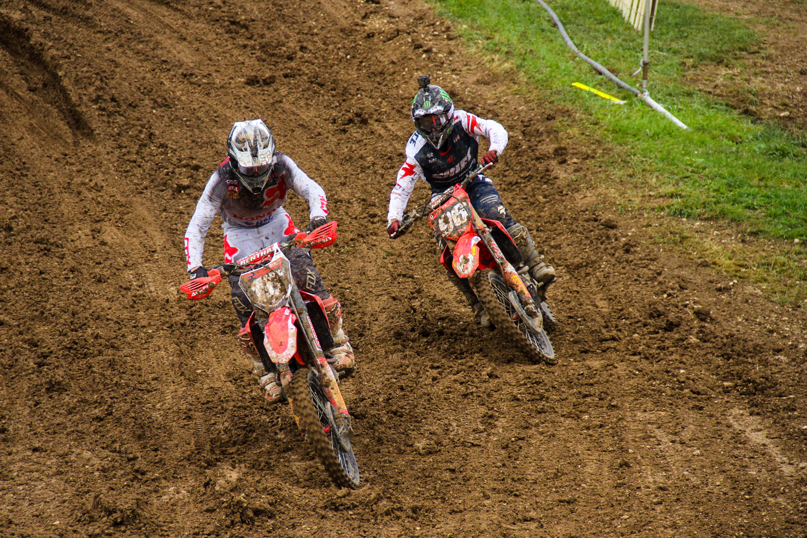 HRC's Calvin Vlaanderen and 114's Hunter Lawrence battled it out in both motos, trading moto scores...finishing ninth and tenth overall each, respectively.