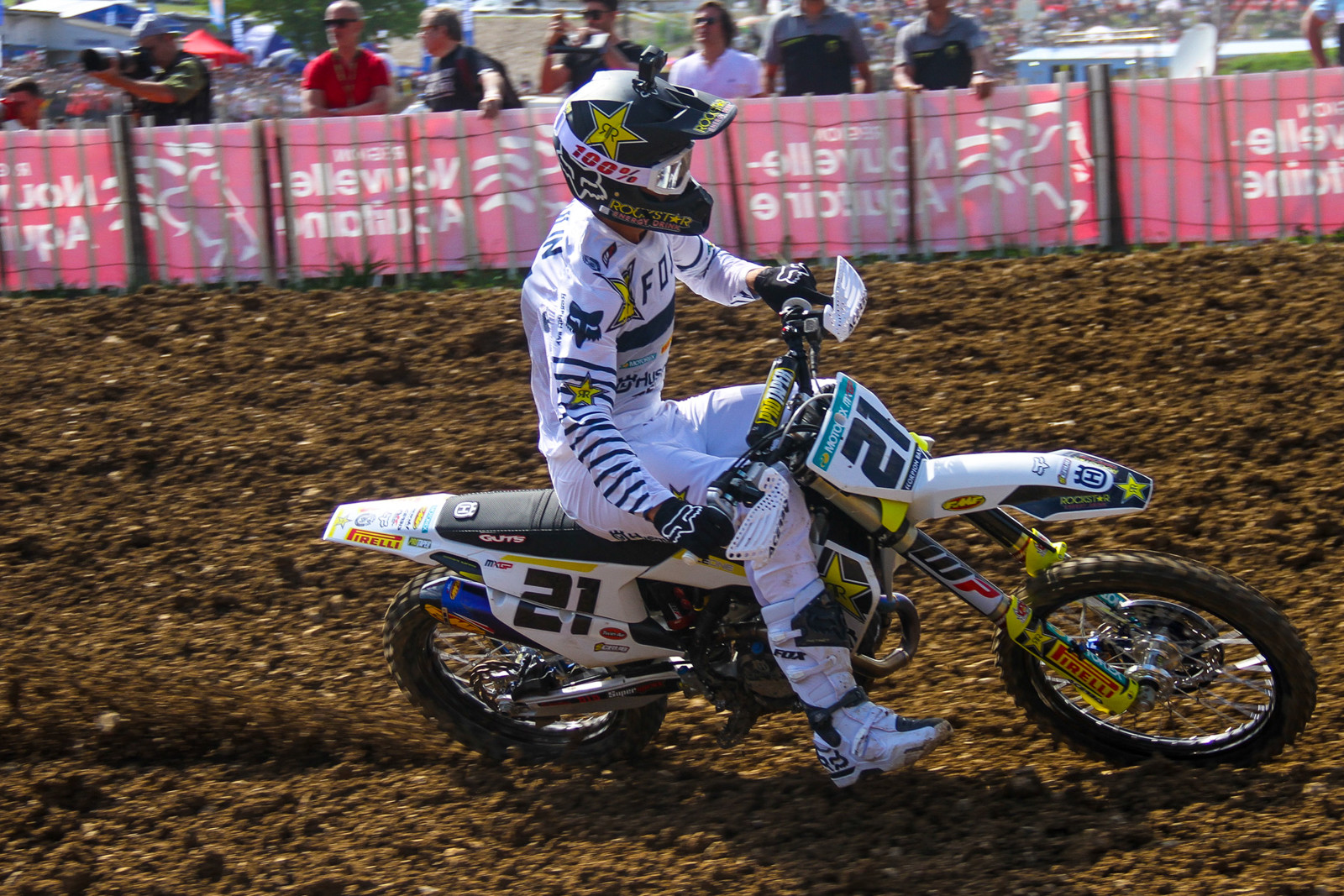 Fox went all out for Gautier Paulin's home race, with custom one-off gear and boots for the Frenchman.