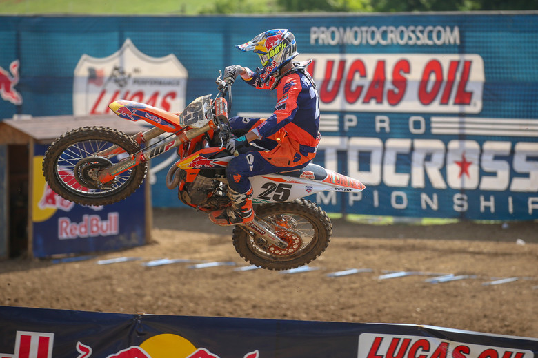 Marvin Musquin lost four points today in the championship chase.