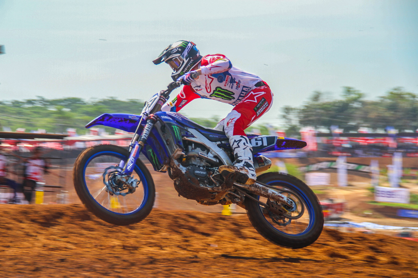 The MXGP of Asia was overall a disaster for Romain Febvre as he placed 16th overall and lost fourth overall in the points to Tim Gajser.