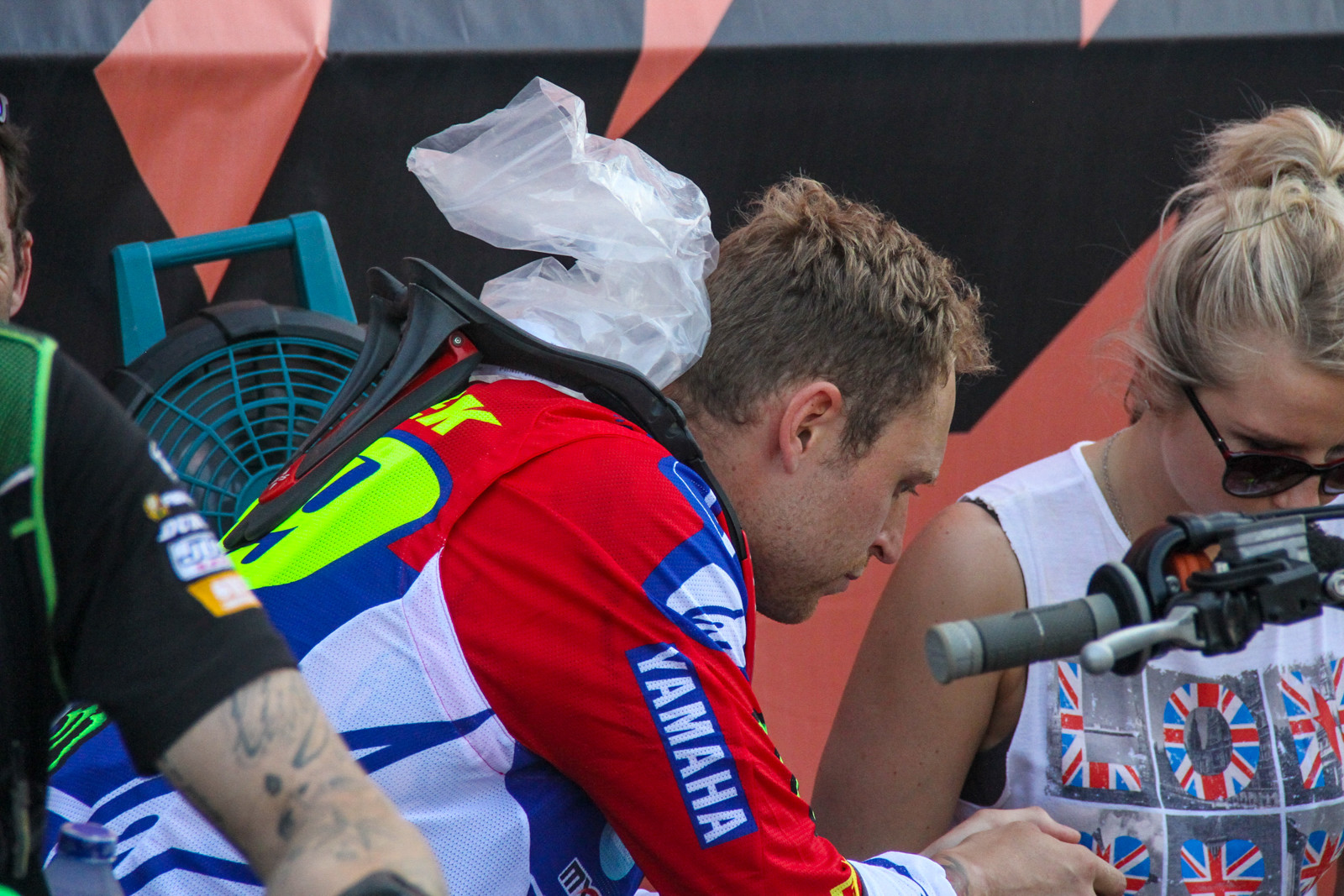 Jeremy van Horebeek trying to stay cool, there's a bit of pressure on his shoulders now as it look like he's out at Rinaldi Yamaha and will be replaced by Jeremy Seewer in 2019.