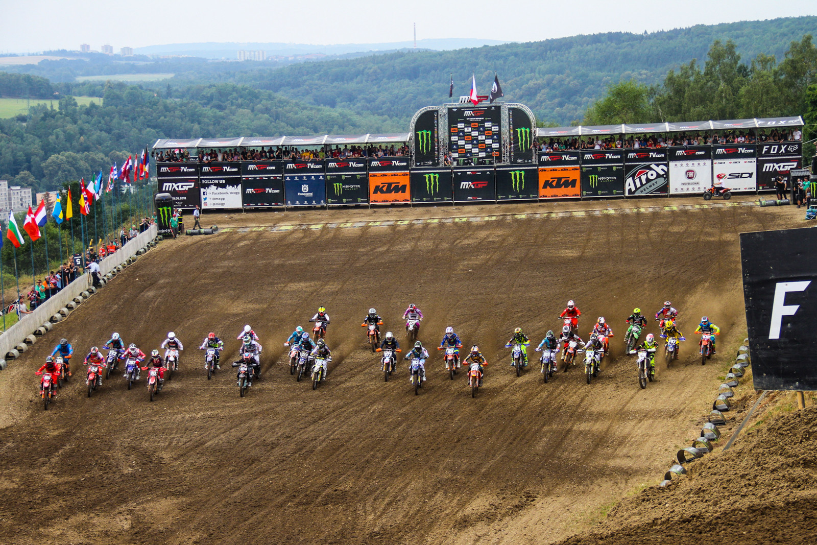 After the smaller fields at the two rounds in Indonesia, the MX2 class was back to much larger numbers for the Czech GP