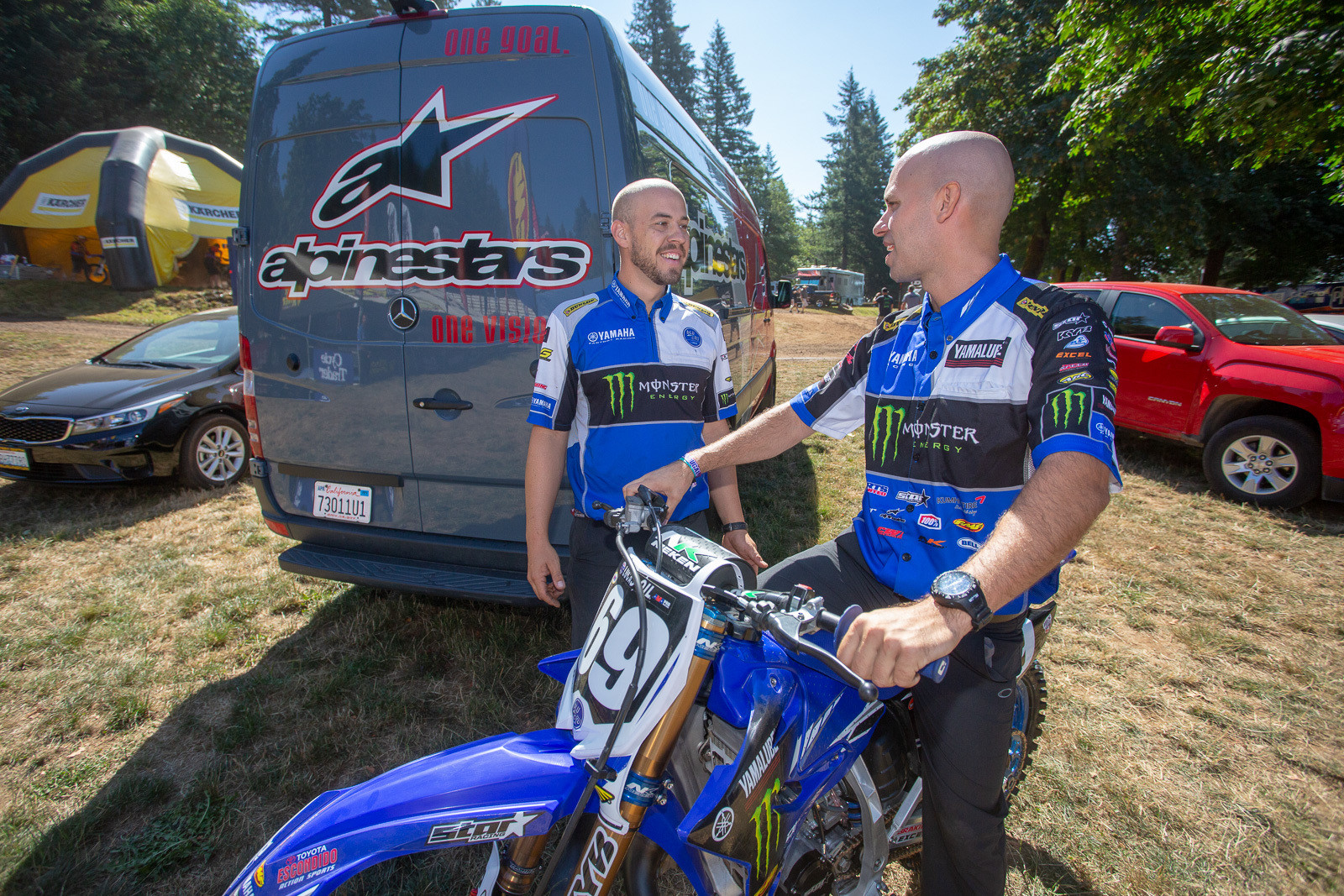 Eric Gass (left) was in the area, and made a guest wrenching appearance for Wil Hahn during the two-stroke race. That's Cooper Webb's current mechanic, Grant Hutcheson on the left.