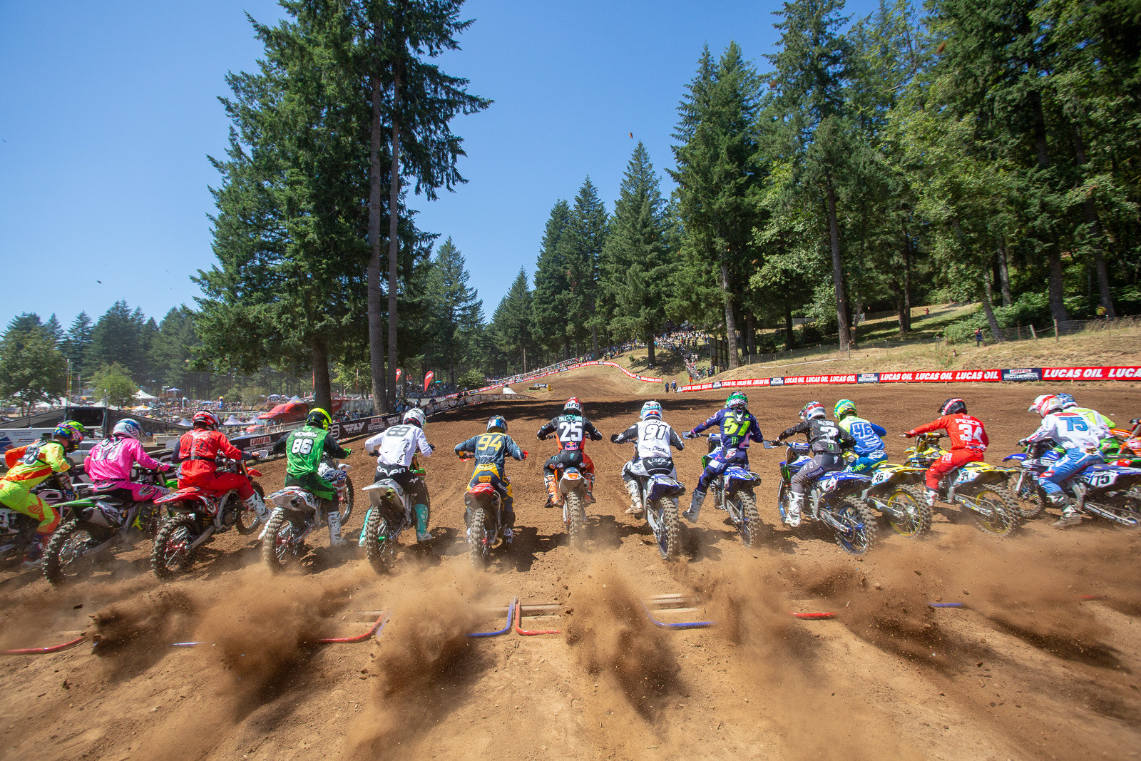 We can't think of too many tracks that feature the gorgeous woodsy setting that Washougal has. This year has been a hot and dry one in the northwest, and while it may not have been as lush and green as usual, there was still plenty of roost to dish up. Beware of incoming!
