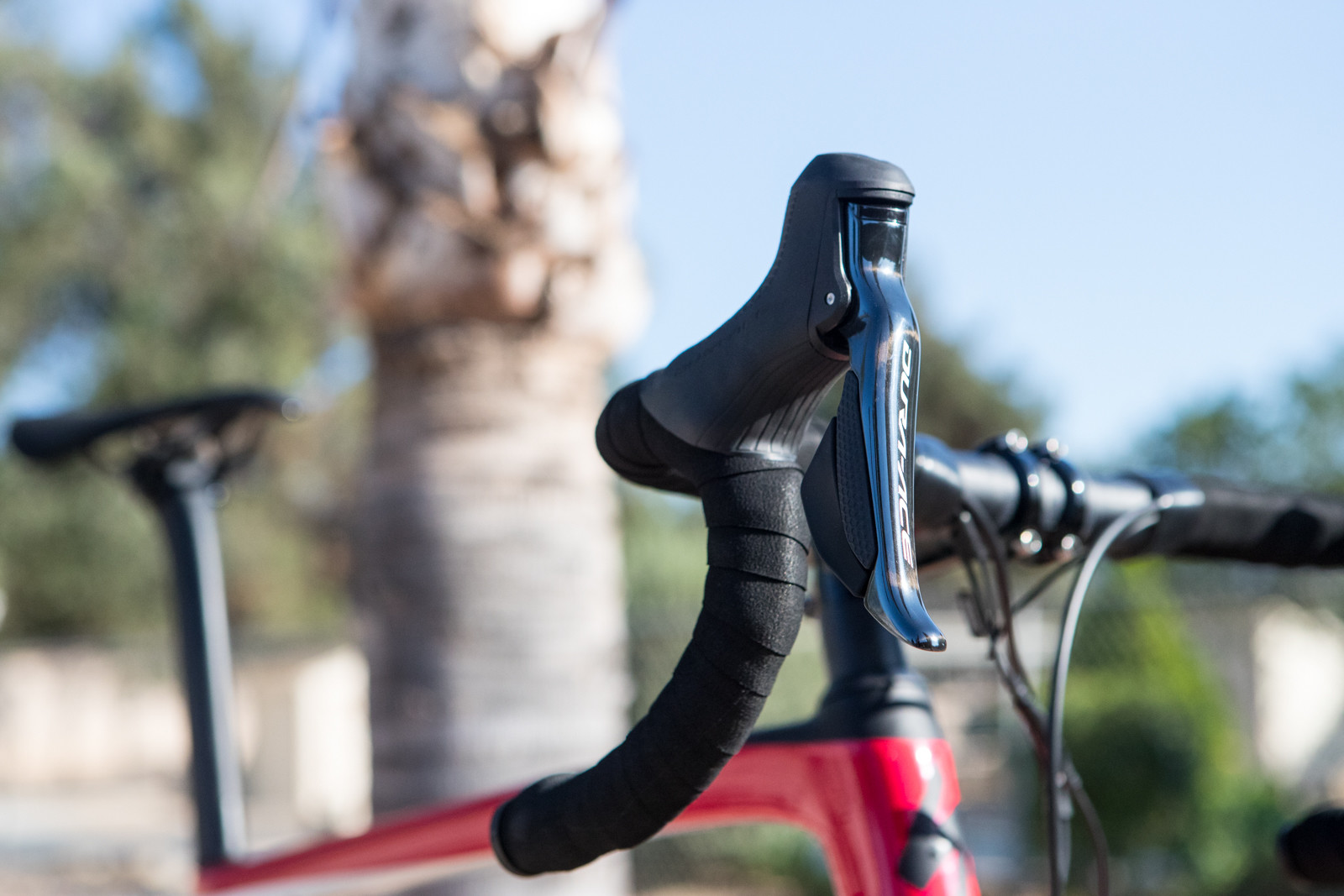 Shifting is handled by Shimano's best, their Dura-Ace Di2. The Di moniker stands for electronic shifting and running a small wire from the hoods down to the front and rear derailleur, Shimano actuates each to do their job just by a small press of the paddles. The right side triggers control the rear shifting while the two triggers on the left hood control the front cog shifting.