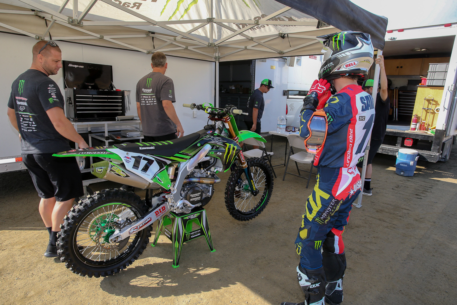 This was the first time we'd seen the '19 KX450F in full race trim.