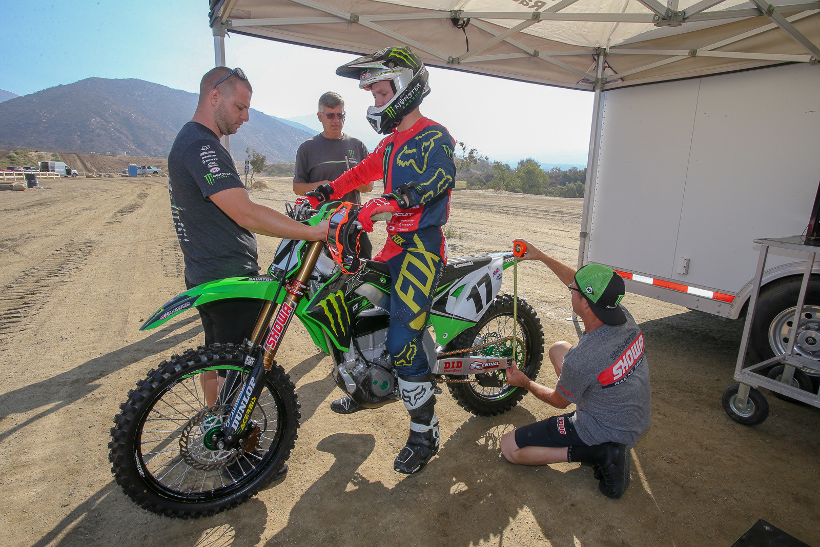 Justin Shantie will move along with Joey from the Monster Energy Pro Circuit Kawasaki squad over to Monster Energy Kawasaki, and spin the wrenches there from now on. Josh Grant's old mechanic, Travis Parry (who built up this bike), will be moving over to Team Green.