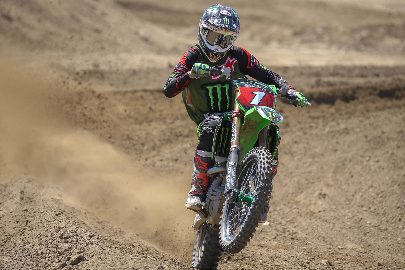 Today was the first day out for Eli Tomac on his new '19 race bike, after taking a couple weeks off. It looked like a pretty seamless switch for him.