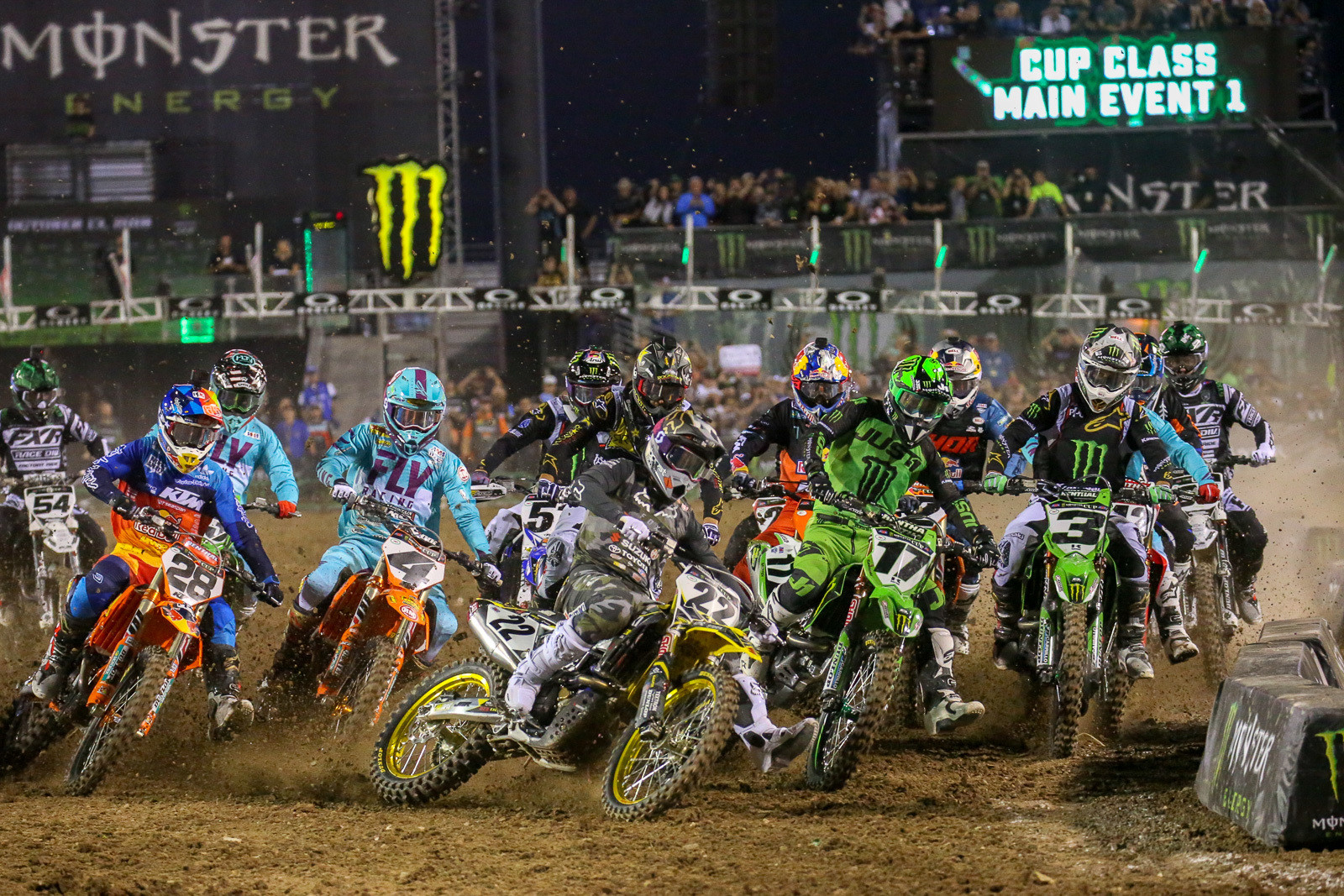 Chad Reed got the early jump on the pack in the first Cup main, but it didn't last long,