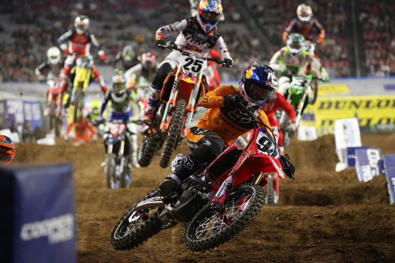 Ken Roczen led the Main Event for a while, before Jason Anderson put him on the ground.