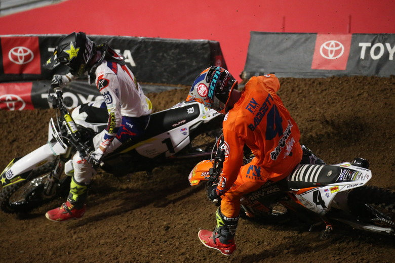 Blake Baggett caught Jason Anderson late in the race and made the pass for the lead. Baggett went on to win the Main Event.
