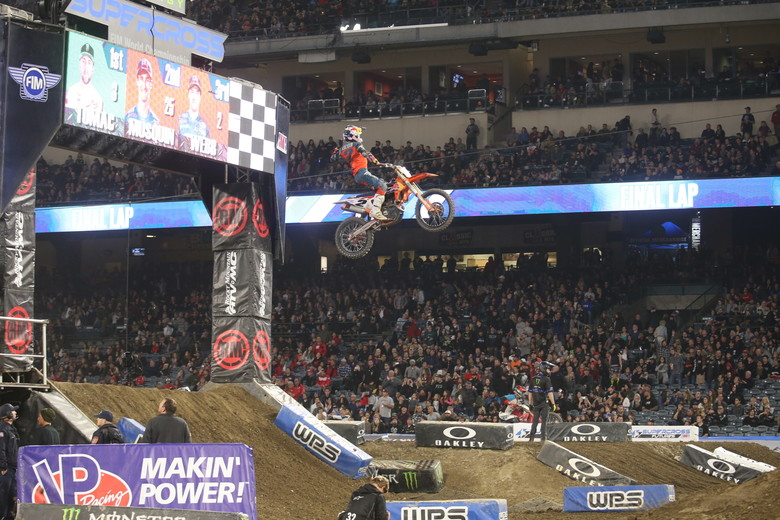 Cooper Webb secured his first Supercross win in the 450 class tonight.
