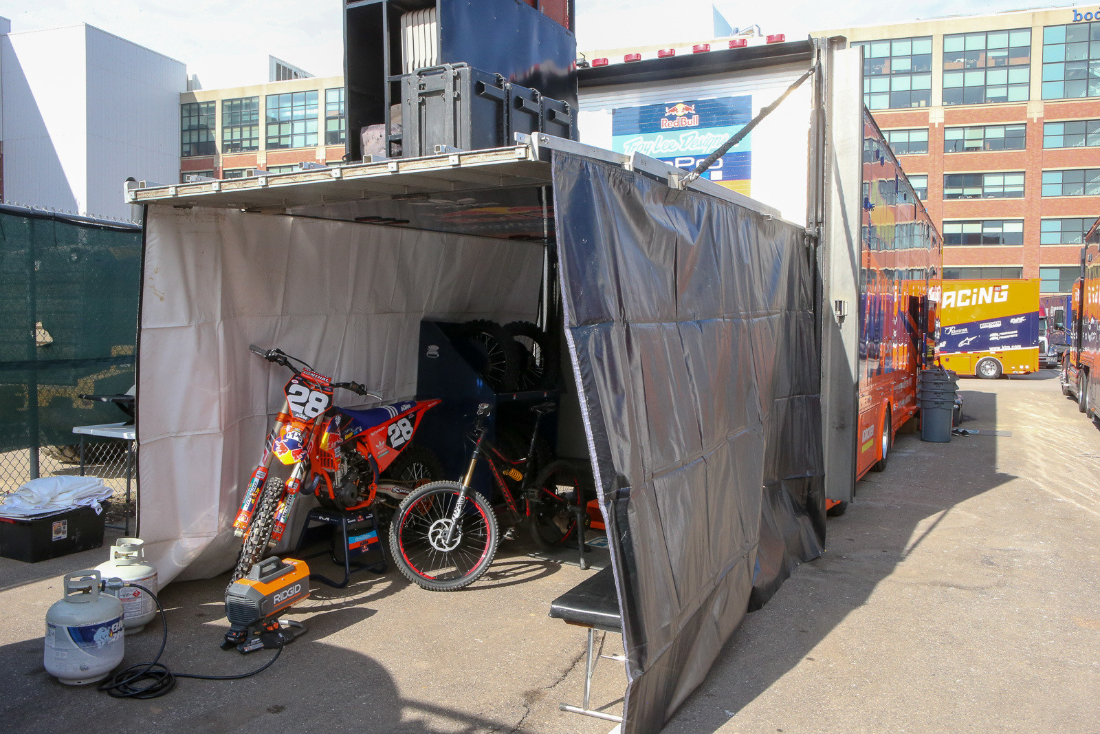 A few teams opted to pit in their trucks this weekend, including Jordon Smith and the Troy Lee Designs/Red Bull/KTM crew. More often in situations like this, you'll see them pitted in a tent off the back of the truck, leaving the inside free.