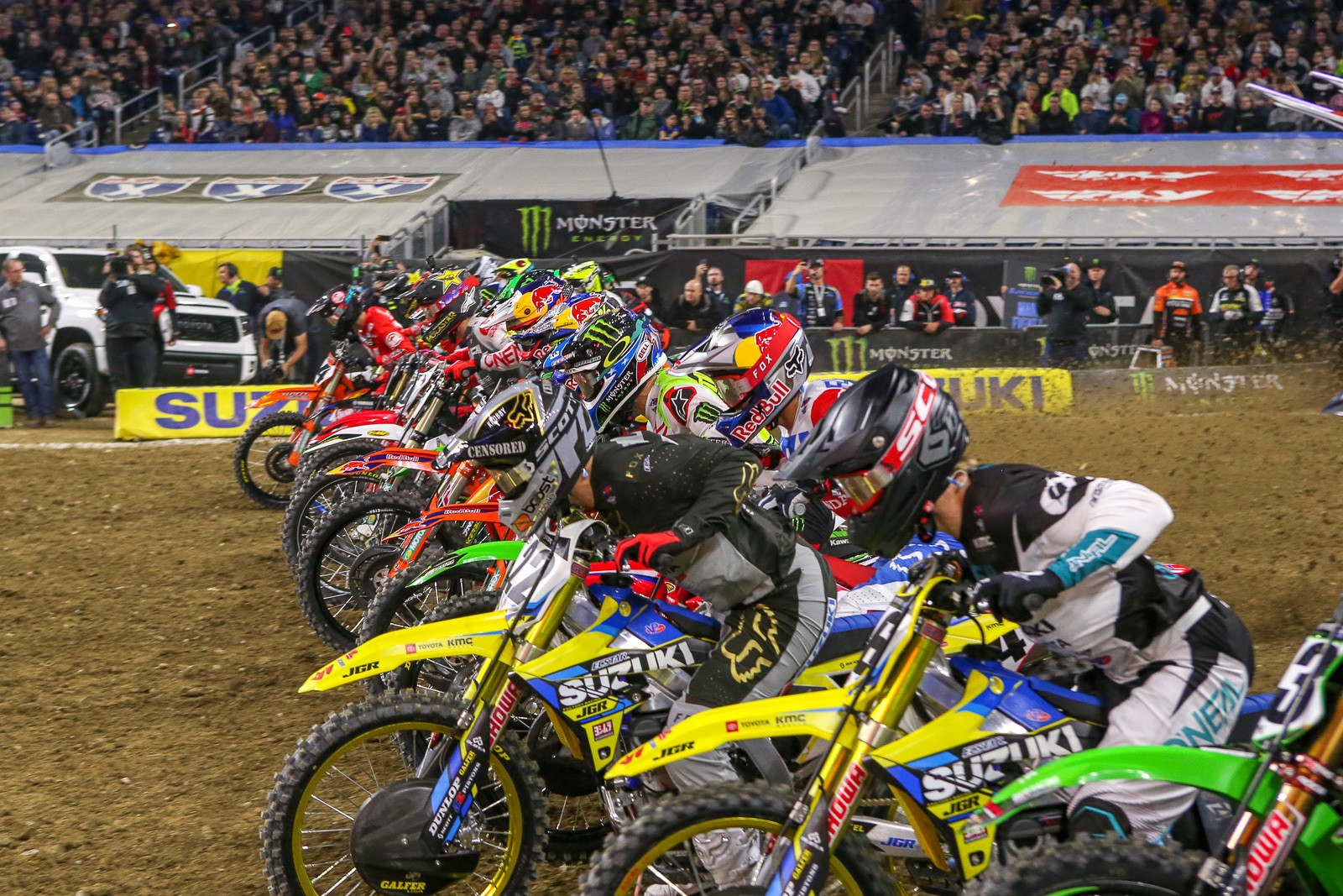 Much of the buzz before the race centered around the need for a good start, and the possibility of first-turn carnage. Fortunately, the crashes never really materialized. Chad Reed looks like he's got the jump here, but by the time they exited the first turn, it was Justin Brayton out front, starting from way on the outer half of the gate.