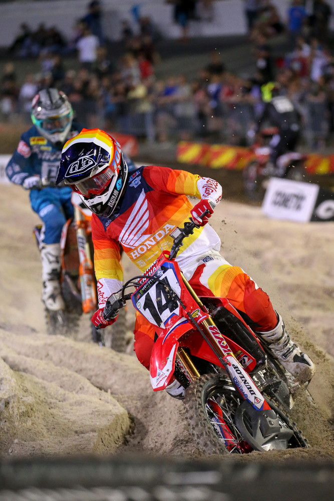 One of the better battles of the night was in the second 450 heat, between Cole Seely (who ended up fourth), and Blake Baggett (who won).