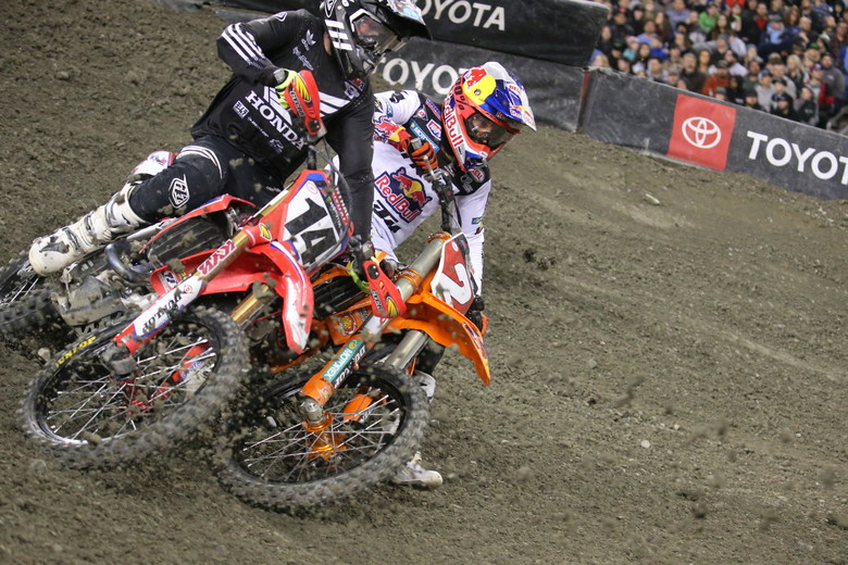 Cooper Webb didn't get the best start, and spent the first part of the race slicing through the pack.