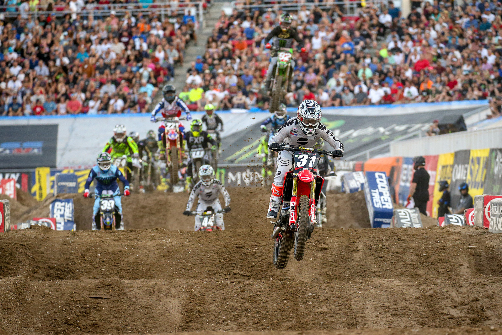 The GEICO Honda team swept heat wins on both coasts. RJ Hampshire took care of the West win.