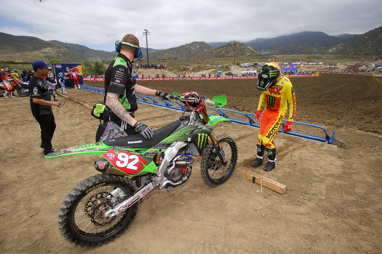 You rarely see riders pick the far outside gate. But Adam Cianciarulo had done his homework, watching everything from the California Classic amateur races to the 125 All-Star action before he went to pick his gate. He opted for the far outside...the same area that Ryan Villopoto had taken for his holeshot in the 125 race. Unfortunately, it didn't work out as well for Adam.