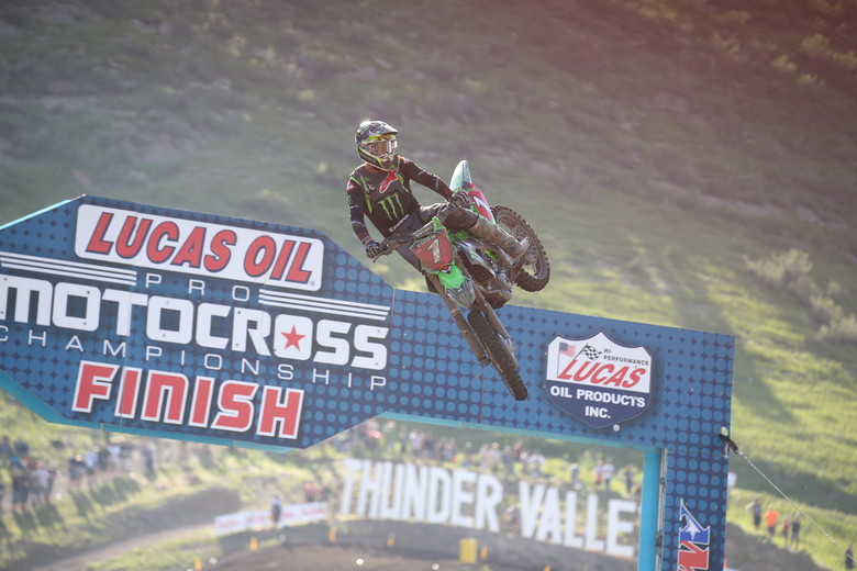 Eli Tomac bounced back from a rocky first moto with a win in the second moto.