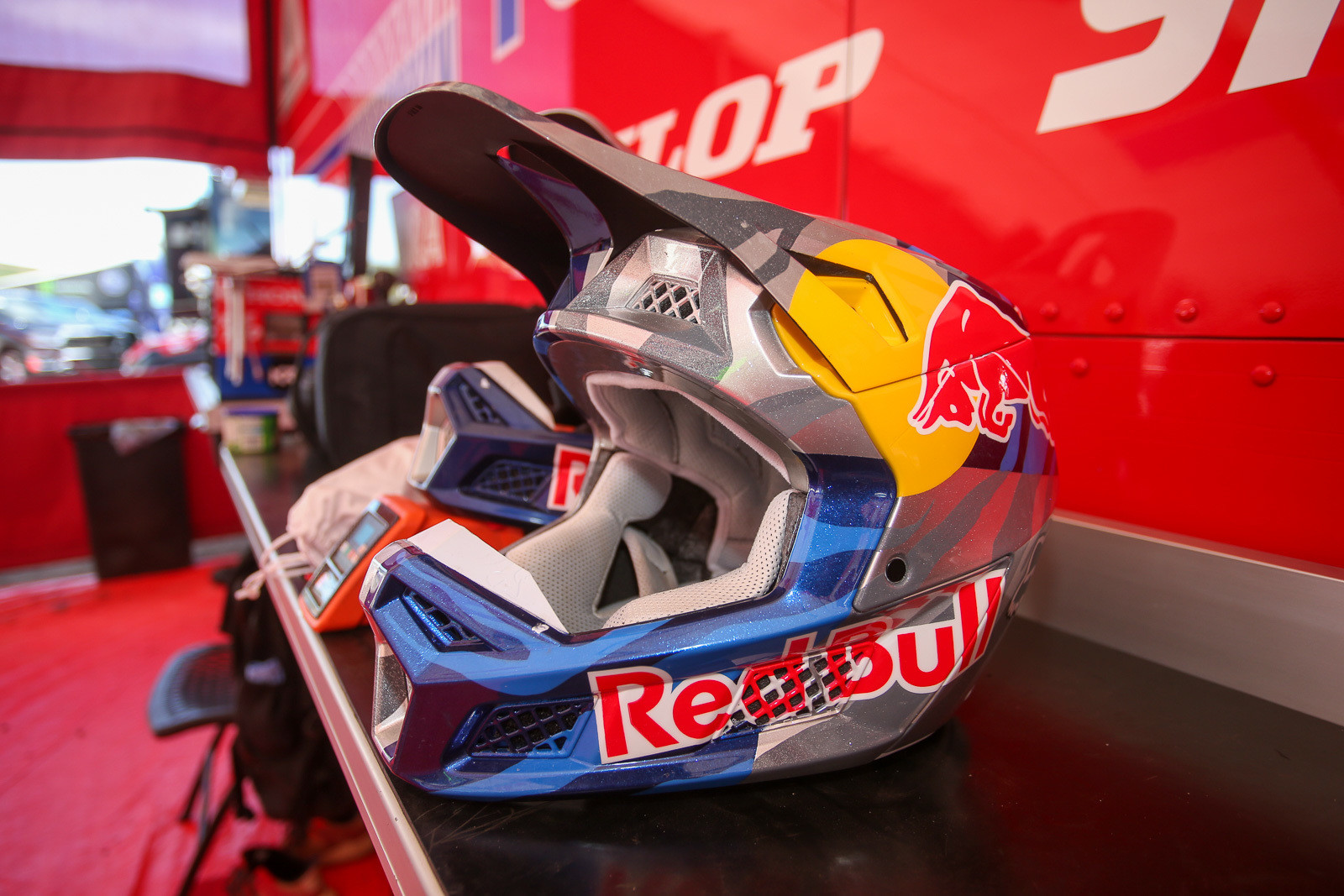 We love seeing custom-painted helmets, but when subjected to 450 roost, they don't stay pristine for too long. Kenny's lid is already showing some chips, and he's been running up front a lot. Imagine what it'd be like if he were spending more time back in the pack.