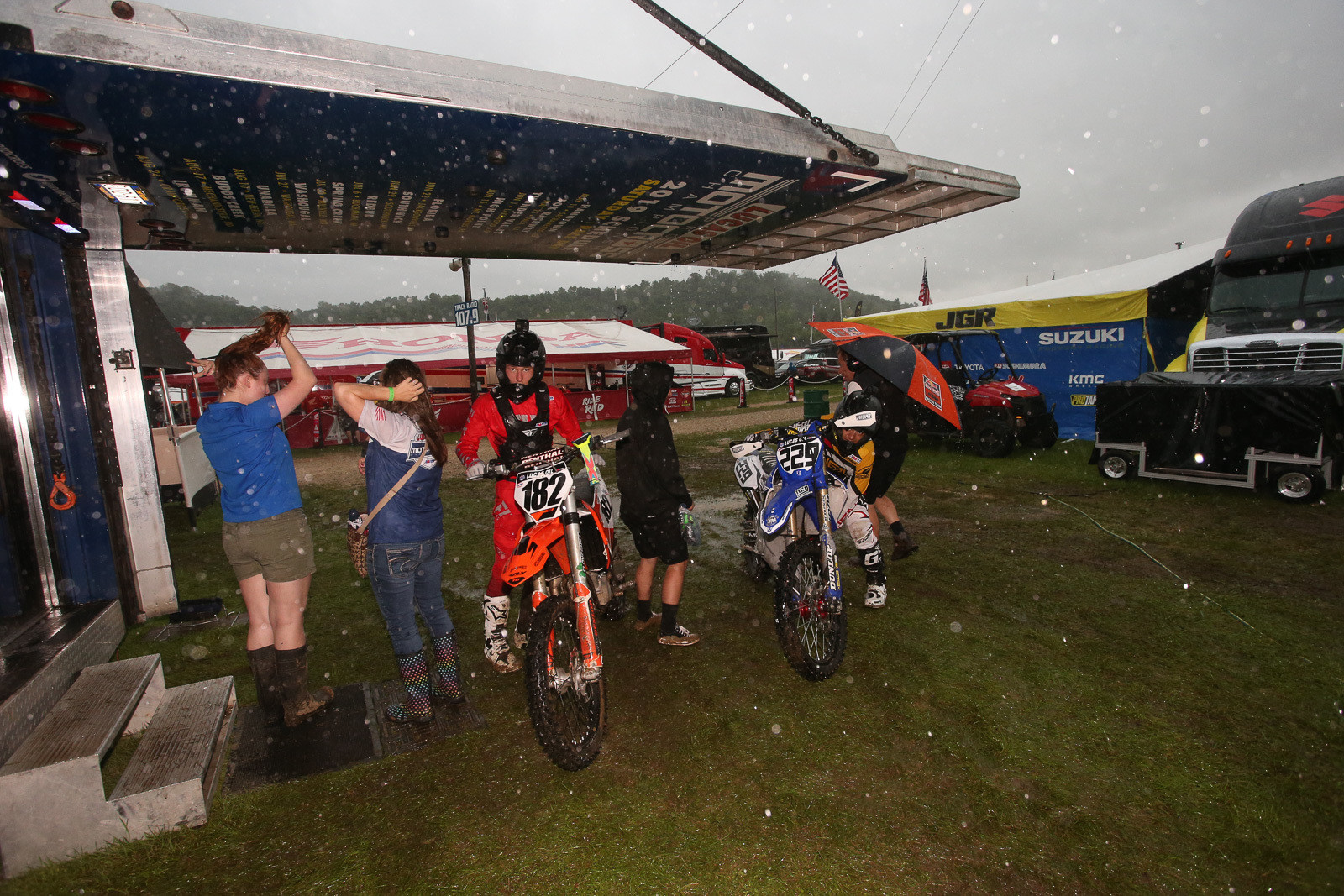 The 450 B riders got a bit of a shaft, since the rain started coming down hard in the middle of the shortened 450 A practice session. Unfortunately, there wasn't much to be done about it.