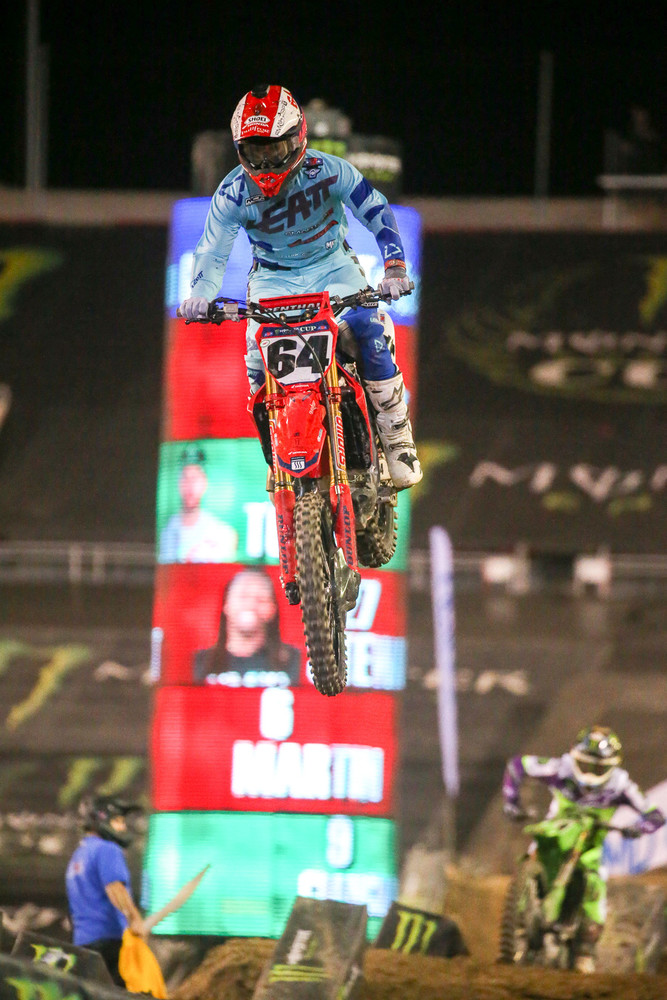Vince Friese was showing some good speed, and led four laps in the first main. He ended up third by the finish after getting passed by Eli Tomac, Adam Cianciarulo, and his Smartop MotoConcepts Racing teammate, Malcolm Stewart.