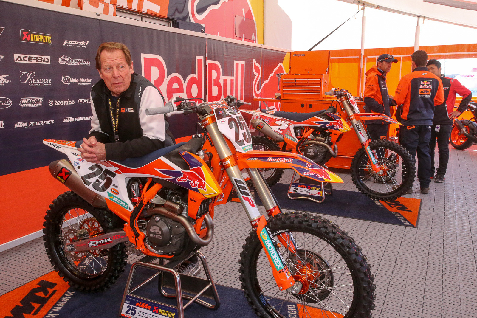 Roger DeCoster.