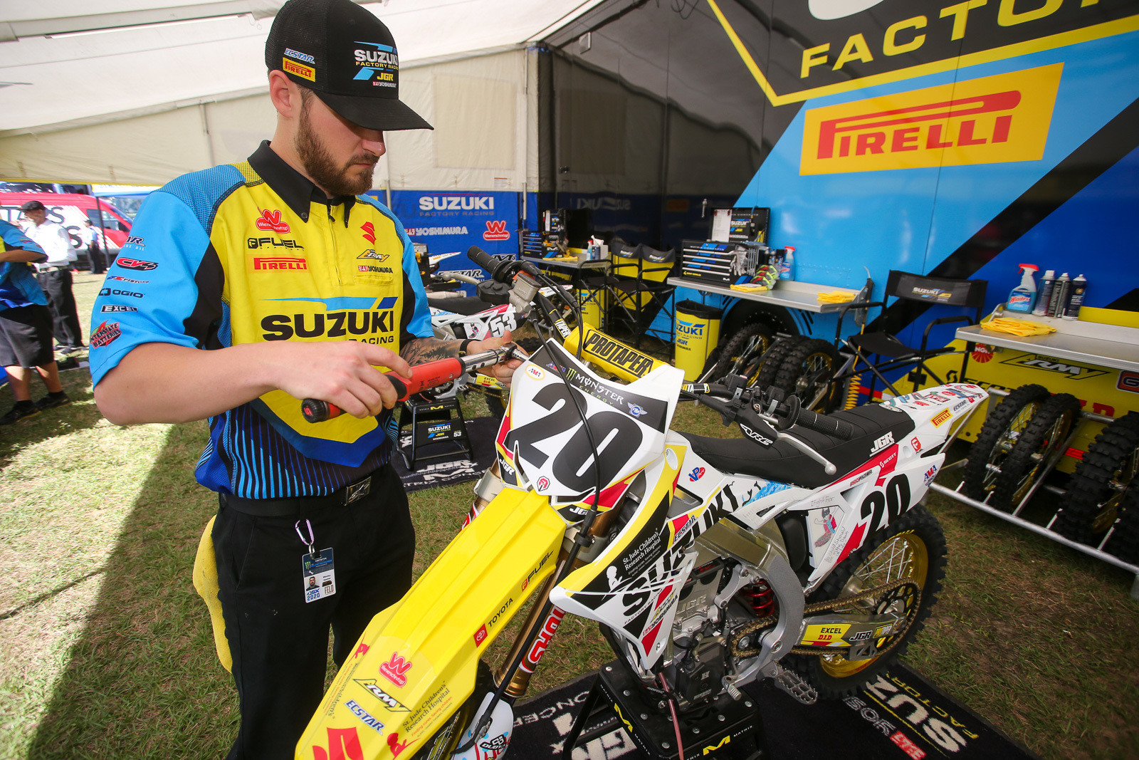 Wes Hunter got the nod to wrench for Broc Tickle in his return to action after serving his WADA penalty.