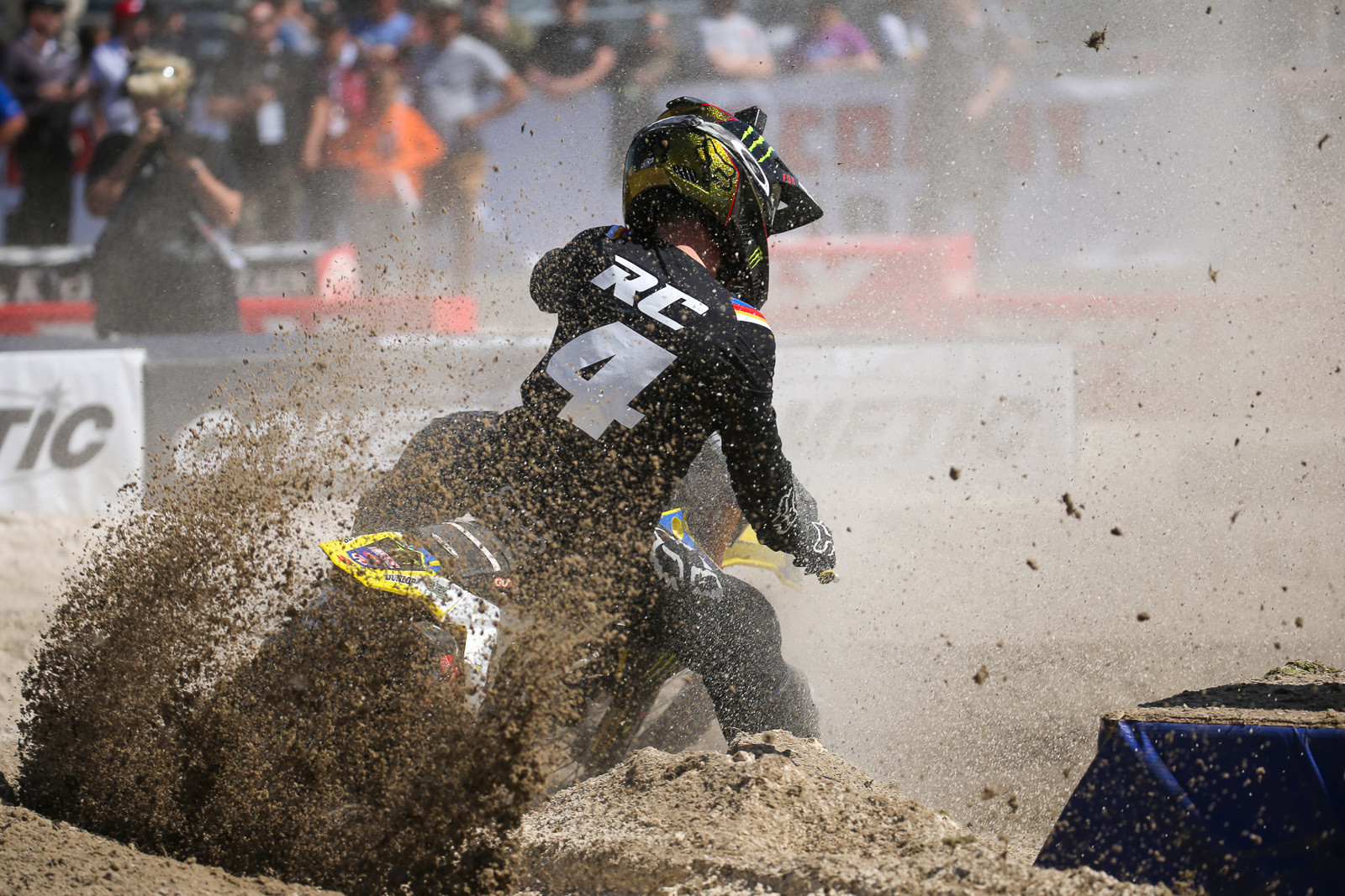 Ricky Carmichael playing in the sand...and there's a lot of it.
