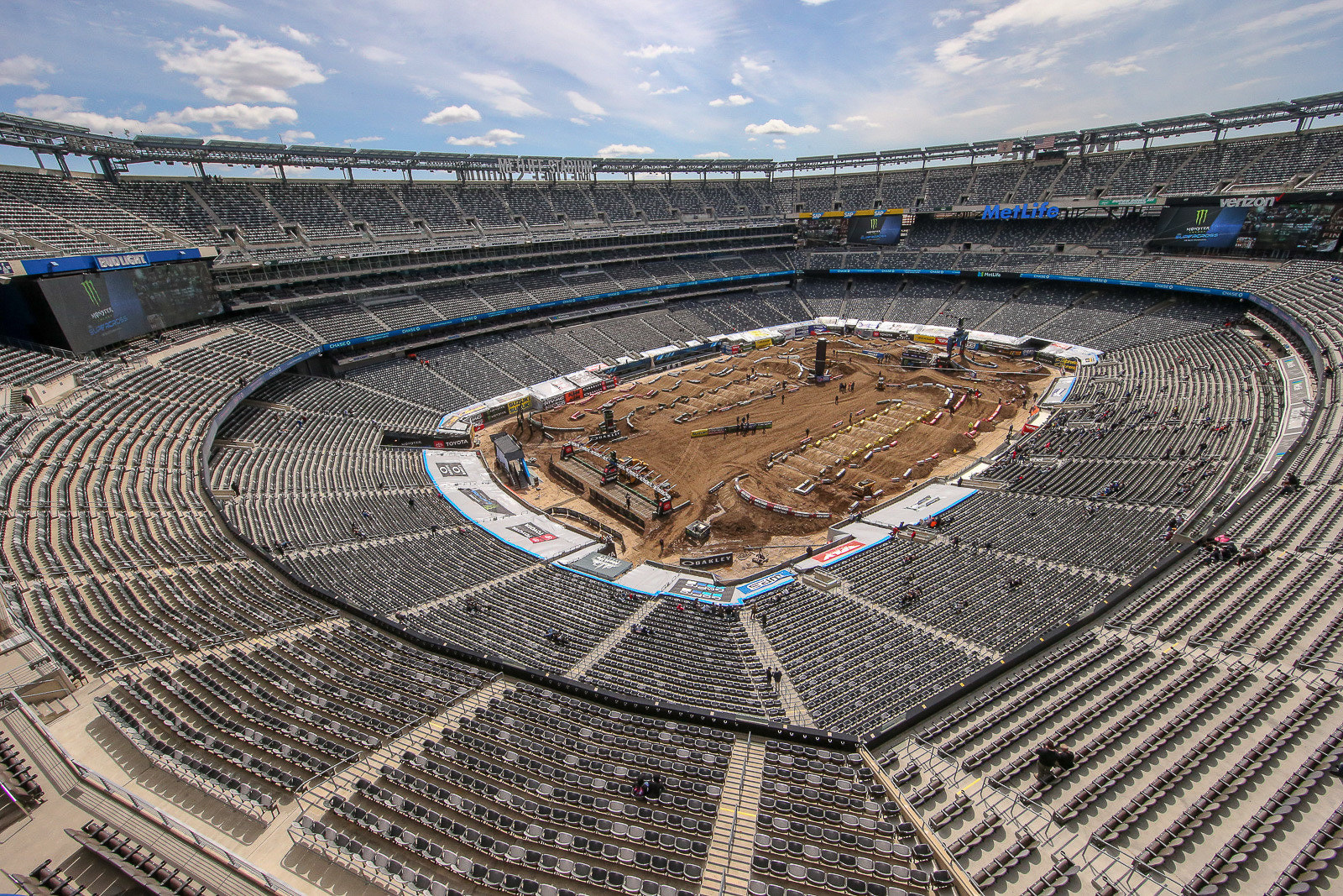 Met Life Stadium is a favorite of the riders and teams. With its proximity to New York City, it definitely adds some excitement to the paddock.