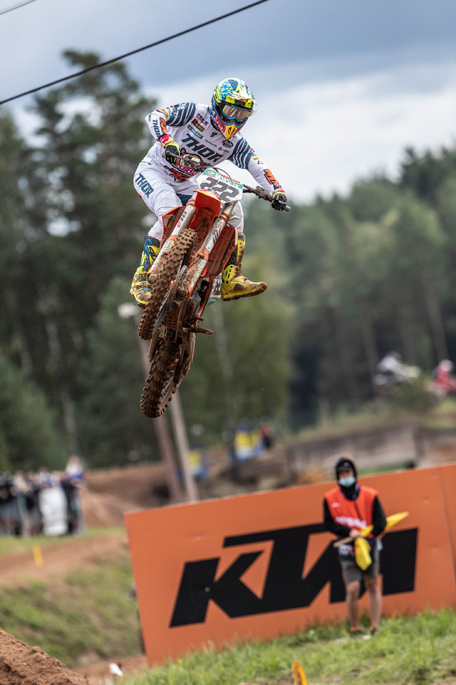 His P1 in moto one gave him his 177th moto win in his career. Cairoli is a legend.
