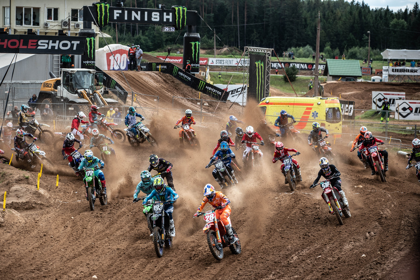 Here we are back at the same track as Sunday for round four of the 2020 MXGP series. We'll also stay in Latvia at the same track for the next round, this Sunday.