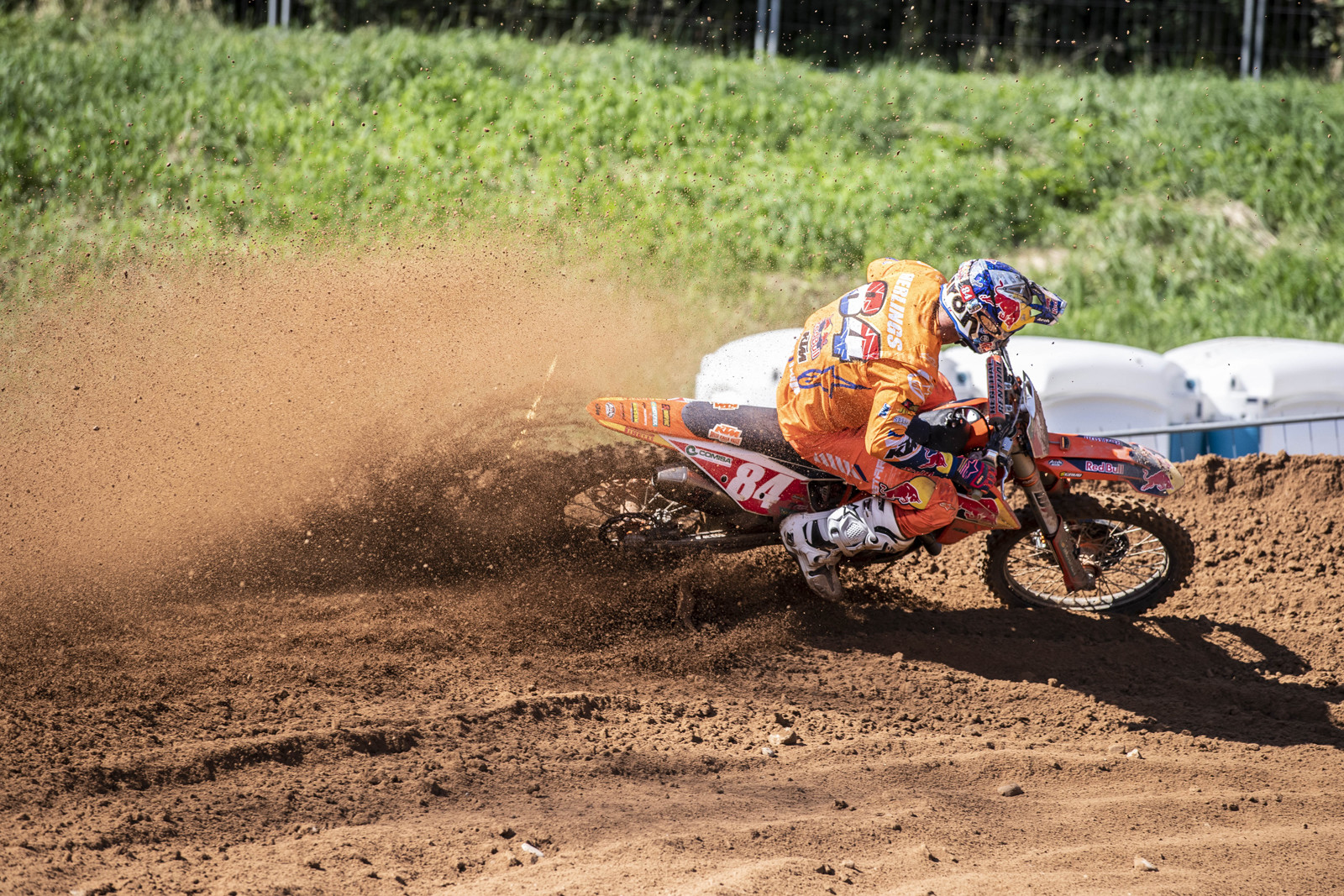 Jeffrey Herlings got the overall, but not the way he wanted. The Red Bull KTM rider went 4-1 on the weekend.