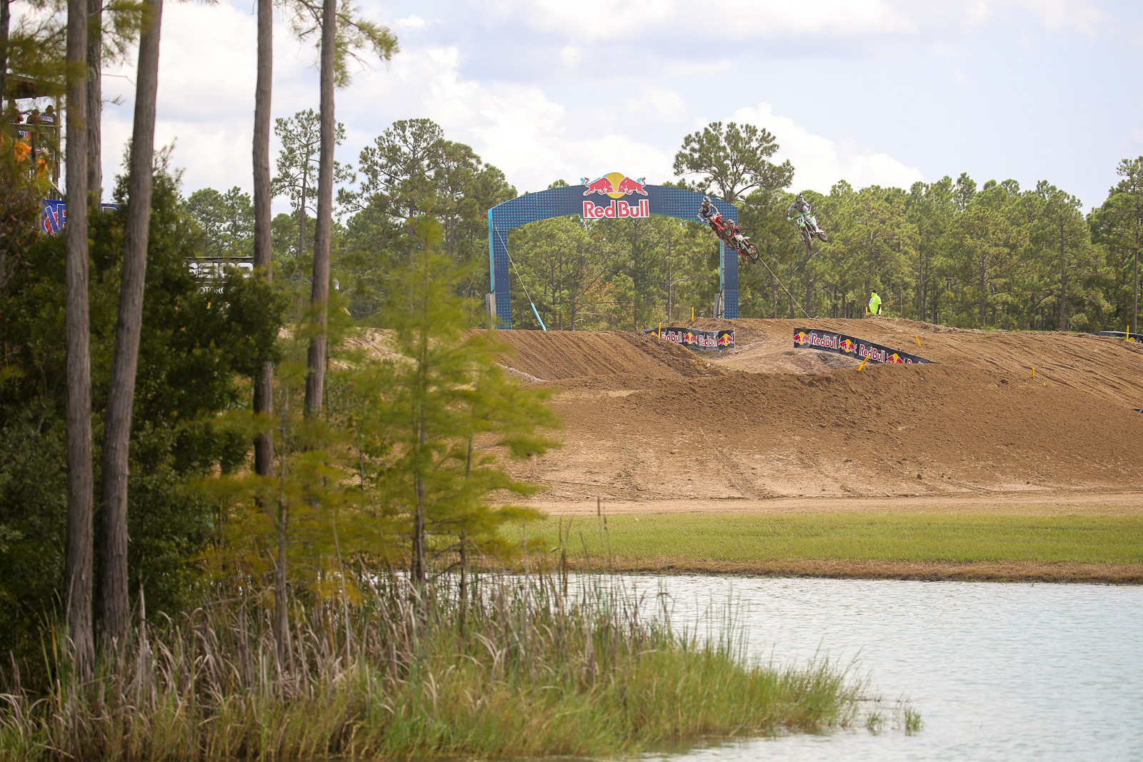 Ready for another blast of Pit Bits? We were stoked that we made it back to Florida for another round of Lucas Oil Pro Motocross. It sure is a scenic track.