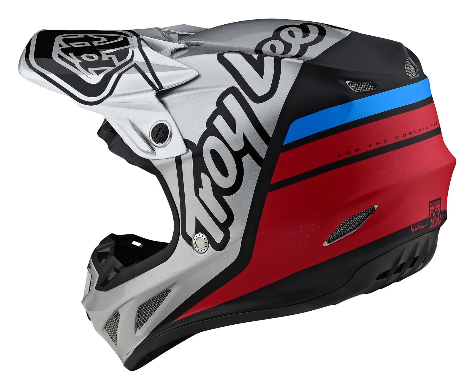 Troy Lee Designs SE4 Composite helmet.