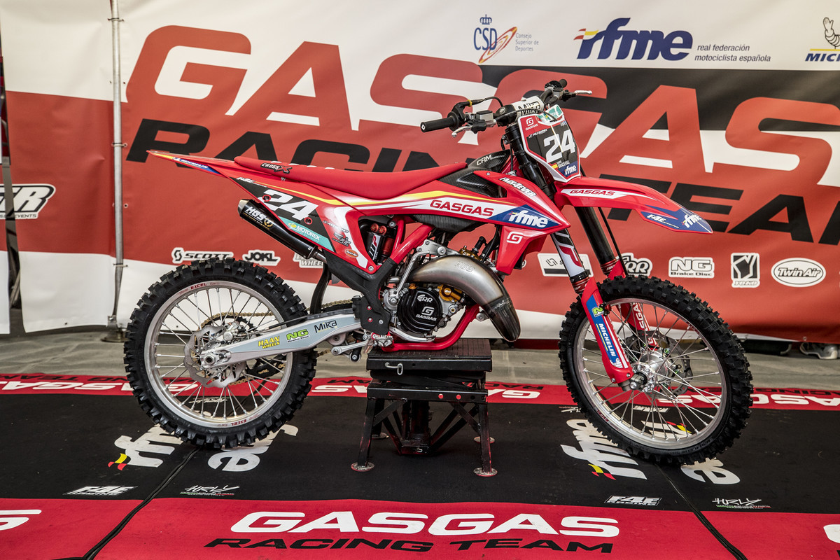 MXGP of Great Britain: Yep, another red KTM but man it looks good.