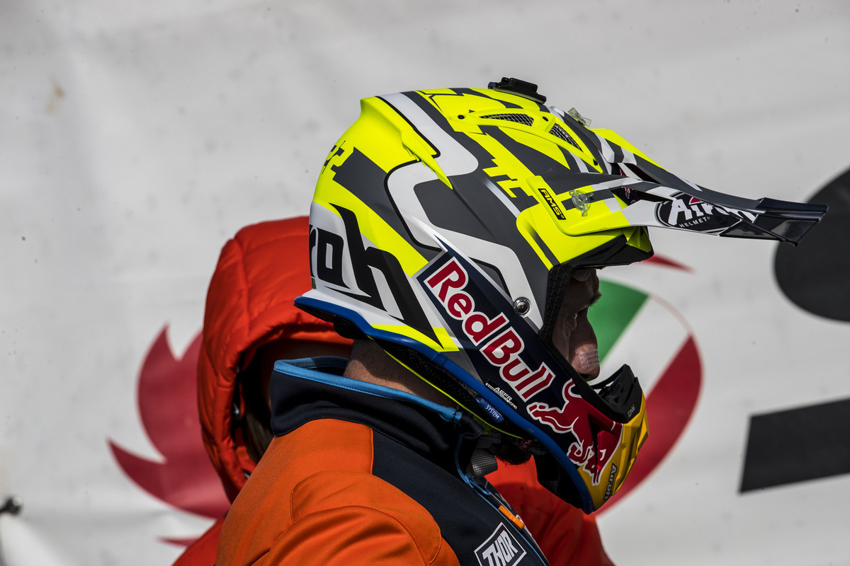 MXGP of Great Britain: The 2020 version of the Cairoli signature colorway.